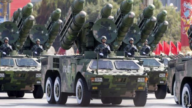 """Trung Quốc """"động binh"""" (?!)"""