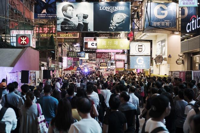Những chiêu chuyển tiền ra nước ngoài của người Trung Quốc