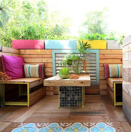 Biến đổi ban công chung cư thành khu vườn nhiệt đới