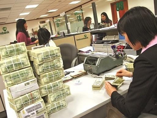 Hai nỗi lo của chính sách tiền tệ