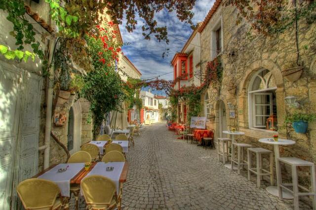 Vi vu những ngôi làng cổ đẹp như cổ tích trên thế giới