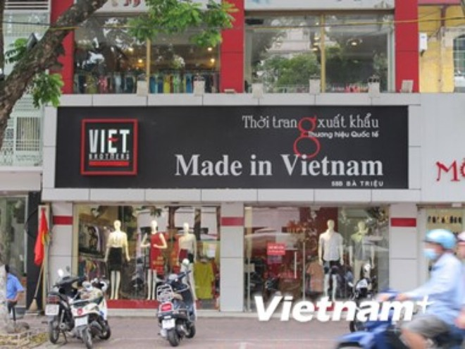 "sau 6 nam, van chua co dinh nghia chuan ve hang ""made in viet nam"""