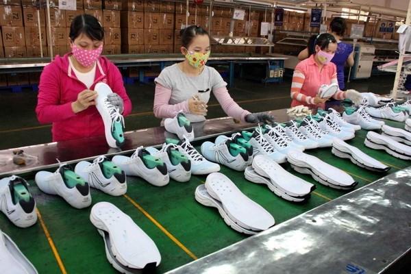Da giày hưởng lợi tỷ giá, đặt mục tiêu xuất khẩu 17 tỷ USD