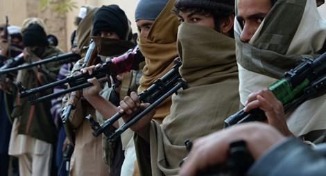 Tại sao cái chết bí ẩn của lãnh đạo Taliban bị giấu kín?